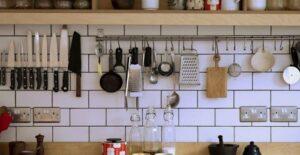 how to organize kitchen utensils