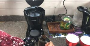how to brew coffee in a coffee maker