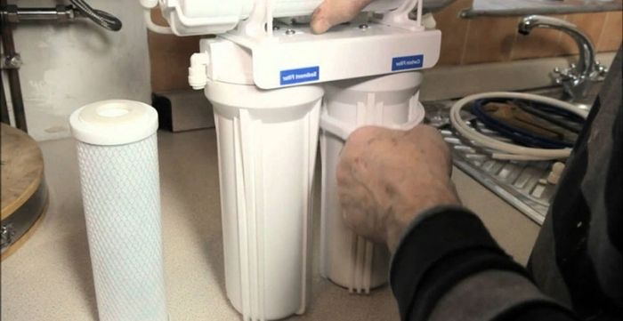 how to make a water filtering system